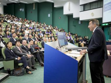 ICRC President Mr Peter Maurer giving a keynote speech to HKUST students, staff and alumni.